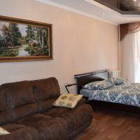 Квартира посуточно на 2м-переулке Мира 26